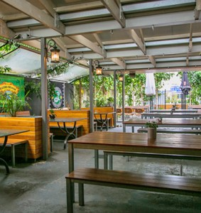 the-palace-hotel-beer-garden2